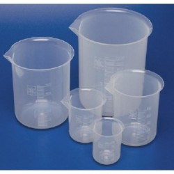 Beaker, 20mL, polypropylene, low form, with spout, graduated