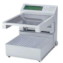 Advantec CHF122SC Microcomputer Controlled Fraction Collector